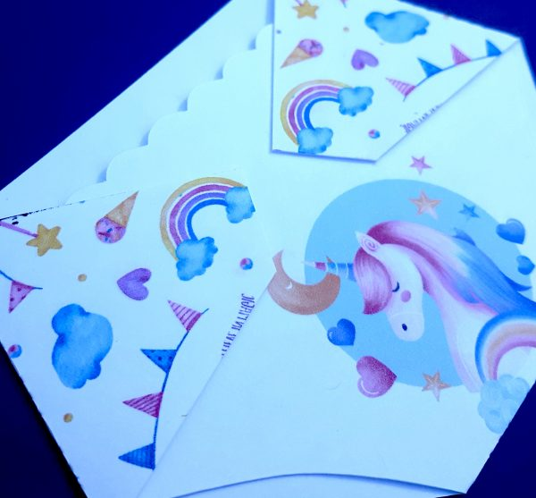 Gift Card Holder Baby Shower game prize with unicorn