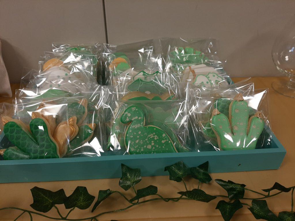 dinosaur baby shower cookie favors